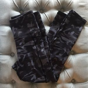 Gray Camo Pocket Light n Tights